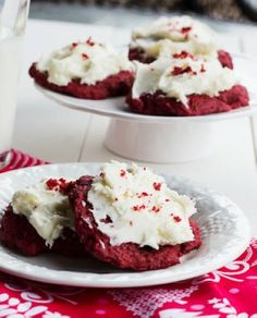Easy Christmas Red Velvet Cookies You Should Know #christmas #cookies #red #velvet