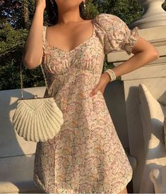 Fashion Tips Shoes The shell / and our La Belle Clutch .Fashion Tips Shoes The shell / and our La Belle Clutch Fashion In, Fashion Outfits, Fashion Clothes, Fashion Women, Dress Outfits, Style Fashion, Fashion Ideas, Aesthetic Fashion, Aesthetic Clothes