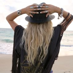 Via Gypsy Lovin Light. Helen is the boho jewellery queen! :-)