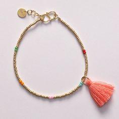 ANNI LU DOT bracelet / gold via ANNI LU. Gypsy Jewelry, Diy Jewelry, Beaded Jewelry, Jewelery, Handmade Jewelry, Jewelry Making, Seed Bead Bracelets, Jewelry Bracelets, Gifts For Mum