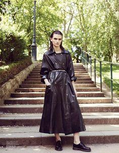 Photo Lara Mullen for LOfficiel Paris August 2014