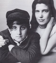 Susan Sontag and her son ♥  photo by Irving Penn
