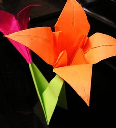 The Handy Hausfrau: Origami Lilies for May Day