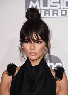 Kendall Jenner 'ın yeni saç kesimi: Uzun kâküller
