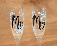 Mr. and Mrs. Champagne Glasses/ Snowflake Champagne Flutes/ Winter Wedding Toasting Flutes/ Painted Champagne Glasses/ Gift for Newlyweds  #snowflakewedding #winterwedding #mrandmrs