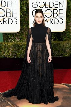 Emilia Clarke in Valentino at the Golden Globes