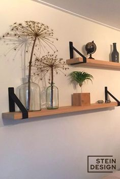 Shelf carriers are hot in every room! Read more # shelf carrier # decoration … – Droomhuis hilversum – decoratif Room Inspiration, Home And Living, House Interior, Diy Room Decor, Bedroom Decor, Home Living Room, Hanging Wall Vase, Home Deco, Home Decor