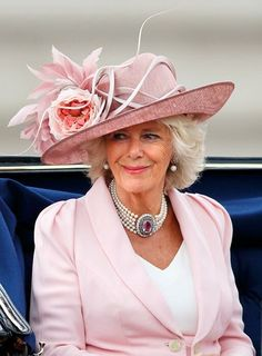 Recently, Camilla, Duchess of Cornwall and the wife of Prince Charles, future King of England, celebrated her birthday. Here are ten fun facts about Camilla. Royal Ascot, Philip Treacy Hats, Camilla Duchess Of Cornwall, Camilla Parker Bowles, Isabel Ii, Royal Engagement, Fancy Hats, Herzog, Royal Jewels