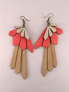 very awesome! Laser Cut Leather earrings and other jewelry (c) uyLaurel on etsy