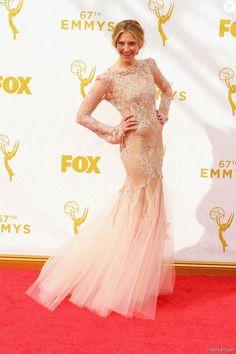 Caitlin Gerard no Emmy Awards 2015, neste domingo, 20 de setembro de 2015