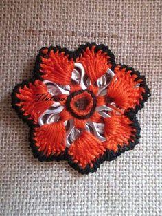 Soda Tab Crafts, Can Tab Crafts, Crochet Crafts, Yarn Crafts, Crochet Projects, Pop Top Crochet, Pop Top Crafts, Pop Tab Purse, Painting Canvas Crafts