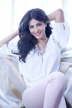 Shruti Hassan as Rae