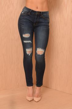 The Perfect Jeans for Women - Shop Affordable Denim Cute Fashion, Look Fashion, Autumn Fashion, Fashion Outfits, Womens Fashion, Jeans Fashion, Perfect Jeans, Cute Jeans, Men's Jeans