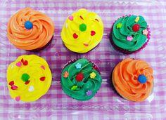 Cupcakes con crema de mantequilla.