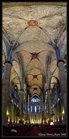 http://www.pinterest.com/arakibulasin/medieval-war-inventory/ Barcelona - Santa Maria del Mar Catalonia