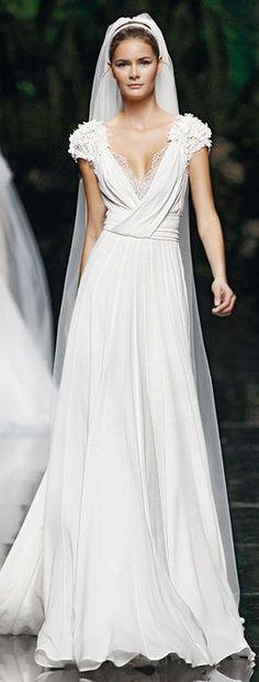 Elie Saab, 2013 beautiful bridal dress!