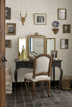 Her Powder Room, designed by Anita Phipps, exudes personality and elegance in the 2013 Adamsleigh Showhouse - Traditional Home® Photo: John Bessler Dream Dressing Room, Decor, Home, Interior, Furniture Accessories, Traditional House, White Photo Frames, Home Decor, Room
