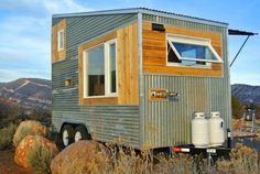 Very cool little house - and cheap too. YES!!! Like this Vicki!!