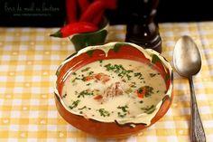 ciorba, bors de miel cu leustean 1 Romanian Food, Cheeseburger Chowder, Allrecipes, Eggs, Breakfast, Ethnic Recipes, Soups, Paste, Travel