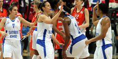 KASKİ fırtına gibi...Türkiye Kadınlar Basketbol Ligi nin 25. hafta maçında Galatasaray Odeabank ı deplasmanda 72-69 yenen Kayseri KASKİ, rakibine bu sezonki ikinci mağlubiyetini yaşattı.