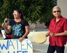 Native American students from New Mexico State University and supporters gathered outside the federal courthouse Thursday evening to join a nationwide protest against the Dakota Access Pipeline a 1172-mile 30-inch diameter pipeline that will conne