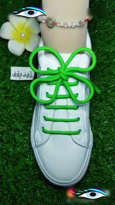 Gonderilerin akisiniza dusmesi icin begenip, yoruma kalp birakmaniz benim icin cok onemli 😍 🌈diger hesabim 🔜 🌈 tag a… – Page 455567318556088646 – BuzzTMZ Ways To Lace Shoes, How To Tie Shoes, Your Shoes, Creative Shoes, Tie Shoelaces, Cute Wallets, Shoe Crafts, Clothing Hacks, Kinds Of Shoes