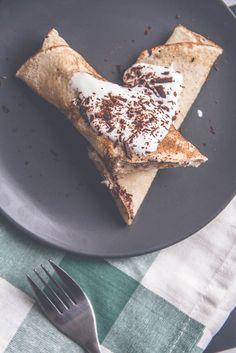 dietetyczne naleśniki na słodko Food Photography, Good Food, Lunch, Healthy Recipes, Bread, Cooking, Breakfast, Ethnic Recipes, Fitness