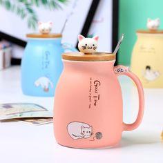cartoon cat ceramic cup Japanese creative coffee mug with lid with spoon cup cute girls gifts. Item determination: Name: Cartoon Cat Ceramic Mug Cat Coffee Mug, Cat Mug, Hot Coffee, Coffee Lovers, Teacup Cats, Cadeau Couple, Creative Coffee, Cute Cups, Tea Cup Set