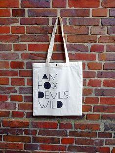 """Jutebeutel mit Knopf  """" I am Fox Devils Wild """" von purple auf DaWanda.com"""