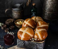 Tcharek msaker : Corne de Gazelle - La Casbah des Delices Pretzel Bites, Bread, Candied Fruit, Raisin, Brot, Baking, Breads, Buns