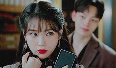 Iu Gif, Drama Gif, Jin Goo, Korean Drama Movies, Moon Lovers, Boys Over Flowers, Beautiful Voice, Girl Bands, Spring Day