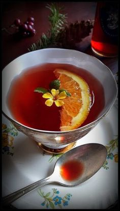 """Old Fashioned Tonic syrups For Winter Cold and Flu Homesteading  - The Homestead Survival .Com     """"Please Share This Pin"""""""