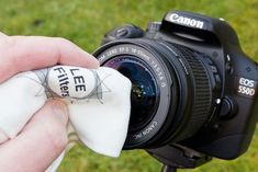 10 simple things to maintain the health of your camera: clean the exterior