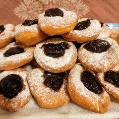 Šišky mojej babičky, recept   Tortyodmamy.sk Doughnut, Rum, Menu, Cookies, Ukraine, Food, Polish, Basket, Kuchen