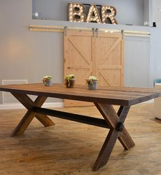 Expandable Dining Table 4' Wide x 8'-10' Long
