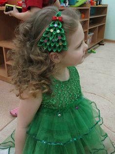 Ekaterina Volova's photos Diy Hair Bows, Ribbon Hair, Holiday Hairstyles, Diy Hairstyles, Kids Headbands, Christmas Hair Bows, Kanzashi Flowers, Sewing For Kids, Hair Pins