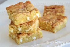Snickerdoodle Blondies and my Chinet Bakeware Review & Giveaway! - Life In The Lofthouse