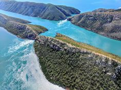 Horizontal Falls, Talbot Bay (from Broome) WA [OC] [4032x3024] : EarthPorn