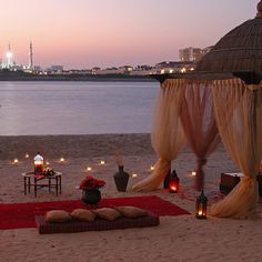 At our resort, you'll have 12 romantic dining venues to choose from, be it French delicacies in Bord Eau, secluded gazebos on North beach, or Chinese morsels at Shang Palace. Which romantic venue will you grace with your loved one? - at Shangri-La Hotel, Qaryat Al Beri, #AbuDhabi.