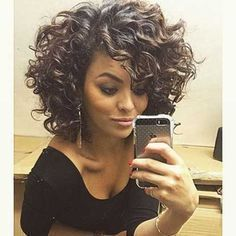 20 Curly Short Hairstyles for Pretty Ladies: #8. Gorgeous Curly Short Bob