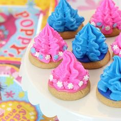 Trolls has to be one of the cutest movies ever.  Kids will surely be asking for Trolls themed parties this year!  #ad Make it extra easy on yourself with these adorable yet simple ideas featuring the Trolls party supply collection available at Target/Target.com!  Making each day a celebration is simple when you plan ahead so get ready to party with me! Tap tap tap that link up in my profile . Who wants a Trolls party?