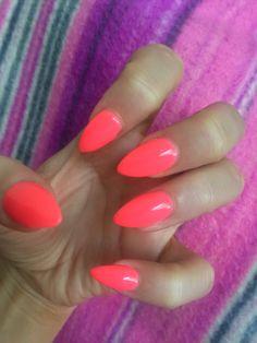 June nails. Bright, neon, corail, stiletto.