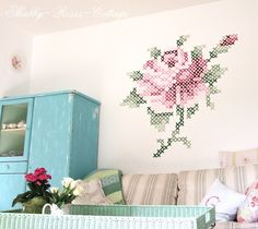 Wall painting in cross stitch by @Eline Pellinkhof