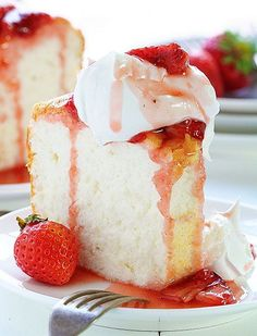 angel food cake with roasted strawberry sauce ~ http://iambaker.net
