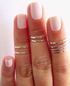 8 Above the Knuckle Rings - Silver stacking ring, Knuckle Ring, Thin silver shiny bands, Midi rings Nail Art Sexy, Sexy Nails, Cute Nail Art, Cute Nails, Pretty Nails, Short Nails 2014, Nails 2015, Body Chains, Manicure Y Pedicure
