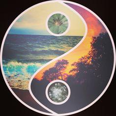 ❤ Yin and Yang. Yin Yang, We Heart It, Luna Guitars, Grunge, Indie, Ram Dass, Tumblr Backgrounds, Pretty Backgrounds, Favim