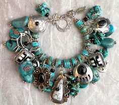 turquoise Native American charm bracelet Like this. I could take those little turquoise necklaces I have and have an adorable charm bracelet! Indian Jewelry, Boho Jewelry, Beaded Jewelry, Jewelery, Jewelry Bracelets, Silver Jewelry, Vintage Jewelry, Jewelry Accessories, Jewelry Design