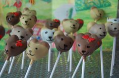 Cake pops vs cake vs cupcakes...so hard to decide when they're all so darn cute!!