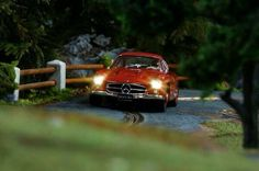 Little star! RT @DEMOSLOT: 300 SL COUPE GULLWING by TopSlot, 1:32 Slot Car roaring by the Alps at my slot-track Race Tracks, Slot Car Tracks, Slot Cars, Alps, Scale Models, Benz, Hobbies, Scenery, Sport