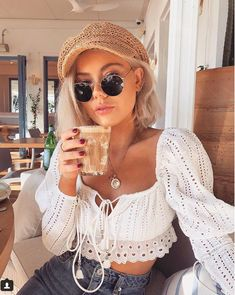 Aproms Elegant Off Shoulder Long Sleeve Women Blouse Shirt Summer High Waist Lace Up Ladies Tops Streetwear White Crop Top 2019 Star Fashion, Retro Fashion, Girl Fashion, Aesthetic Fashion, Aesthetic Clothes, Laura Jade Stone, Top Streetwear, Girl Outfits, Fashion Outfits